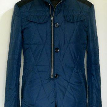 30 Куртка AVVA