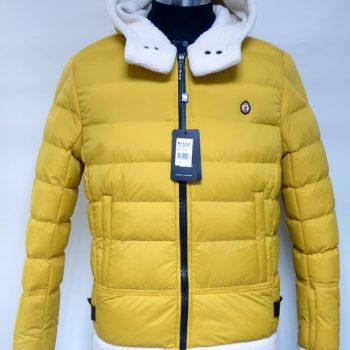 03 Куртка AVVA